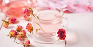 How to make damask rose tea
